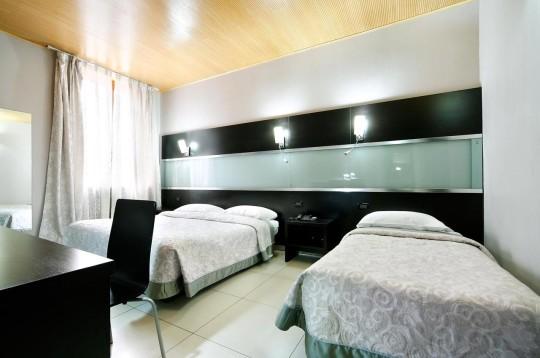 hotel-bolzano-milan-room-002