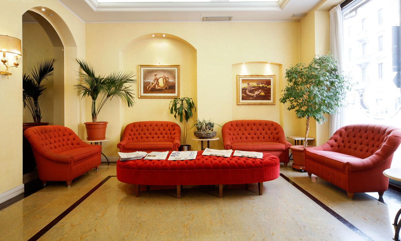 entrance-hotel-terminal-milano-002